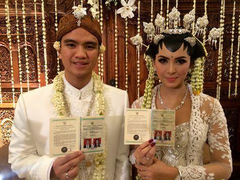 Alisia Rininta & Novian Herbowo Resmi Menikah