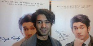 Reza Rahadian Jatuh Sakit, Syuting 'Rudy Habibie' Stop Dulu