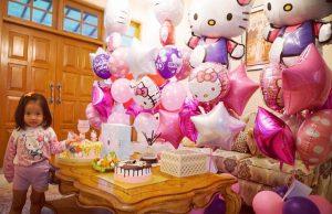 Ultah Anak Ayu Dewi Penuh Pernak-Pernik Hello Kitty